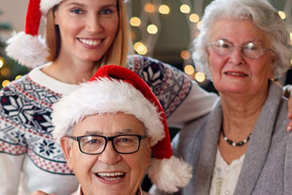 Why You Should Spend the Holidays with Your Senior Loved One